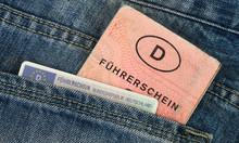 Alter Und Neuer Führerschein ...
