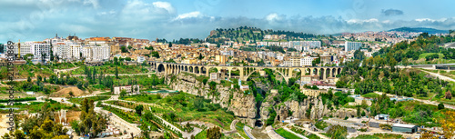 Autocollant pour porte Algérie Skyline of Constantine, a major city in Algeria