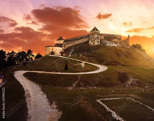 Cuadros en Lienzo Sunset at Rasnov medieval citadel in Transylvania