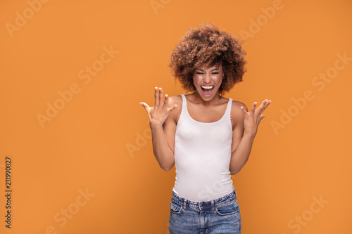 Fotografia  Beautiful happy african american woman with big smile.