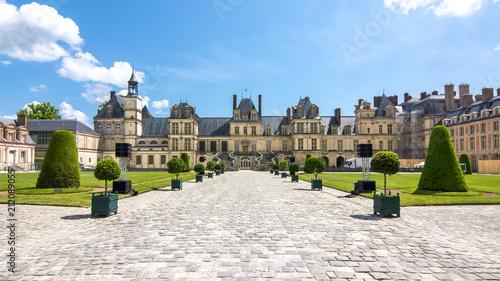 Stickers pour porte Con. Antique Fontainebleau palace (Chateau de Fontainebleau), France