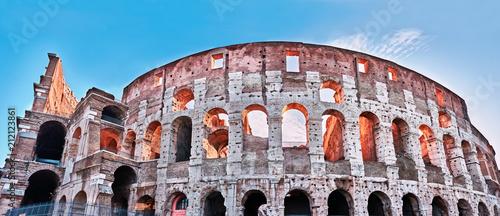 Fototapeta Rzym, zbliżenie Koloseum o świcie