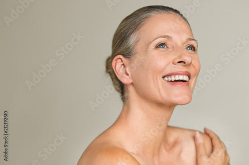Fotografia Beauty mature woman laughing