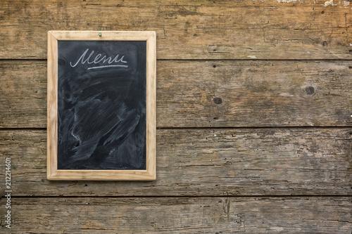 Papiers peints Singapoure Menu chalkboard on rustic wooden wall