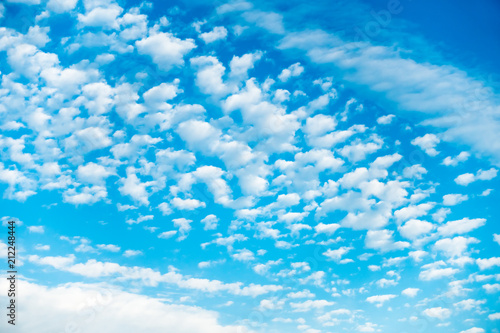 Foto op Plexiglas Arctica Blue Sky with lots of Small White Clouds