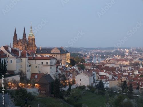 Plakat Widok Praga kasztel i panorama Praga, republika czech