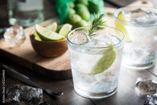 Autocollant pour porte Cocktail fresh gin tonic
