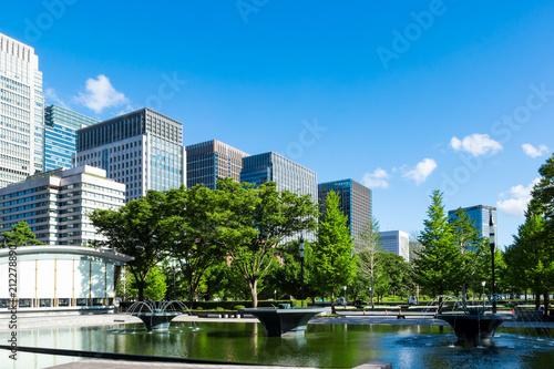 Photo (東京都ー都市風景)和田倉噴水公園から見る丸の内ビル群5