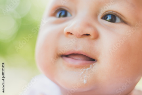 Fotografie, Obraz  baby Infant not feeling well and vomiting