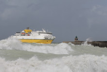 A Big Ferry Boat Arrives In Di...