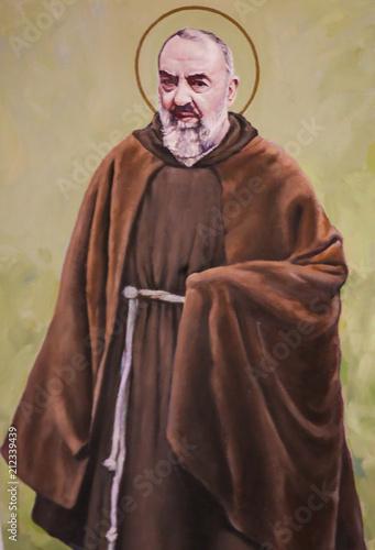 Cuadros en Lienzo Fresco of Padre Pio in Valencia