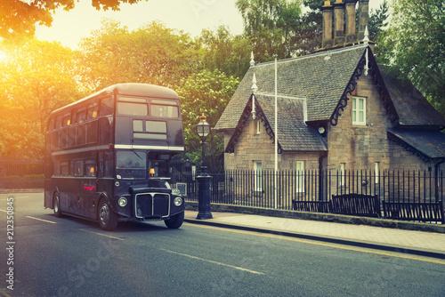 Classic Old Double Decker Bus in motion, Edinburgh, Scotland Tablou Canvas