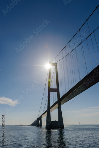 Foto op Plexiglas Brug Great Belt bridge at sunny day