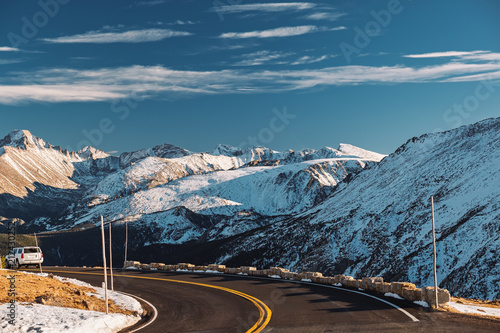 Foto op Canvas Verenigde Staten Highway in alpine tundra. Rocky Mountain National Park in Colorado.