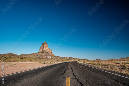 Foto op Canvas Verenigde Staten Empty scenic highway in Arizona