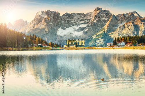 Poster Bergen Majestic alpine lake in Dolomites mountains, Misurina lake, Italy, Europe