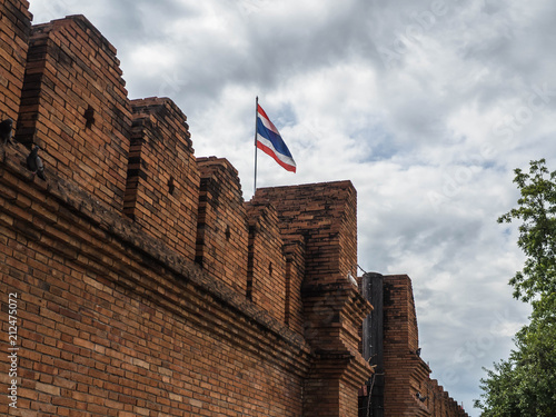 Foto op Aluminium Oude gebouw Thapae Gate in the main entrance to old city Chiangmai, Thailand