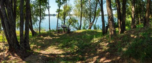 Poster de jardin Rivière de la forêt Сamping pitch on summer lake calm beach