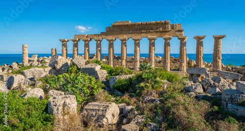 Tuinposter Rudnes Ruins in Selinunte, archaeological site and ancient greek town in Sicily, Italy.