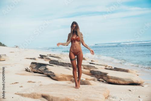 Пляж секс девочка