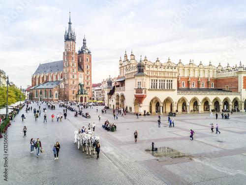 Obraz Rynek w sercu Krakowa starego miasta - fototapety do salonu
