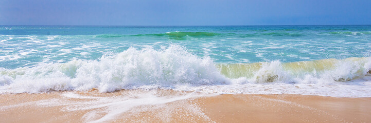 Fototapeta Krajobraz Atlantic ocean, front view of waves on the beach, tavel and summer panoramic background, web banner