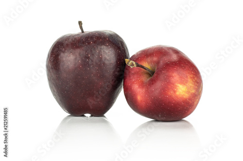 Photo  Two fresh apples red delicious isolated on white background light and deep red