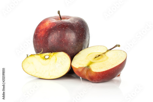 Photo  Red delicious one apple one half one slice isolated on white background