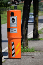 Bezpieczeństwo Ruchu Drogowego Sicurezza Stradale Seguridad Vial Road Traffic Safety Prometna Varnost Straßenverkehrssicherheit Radar De Contrôle Routier
