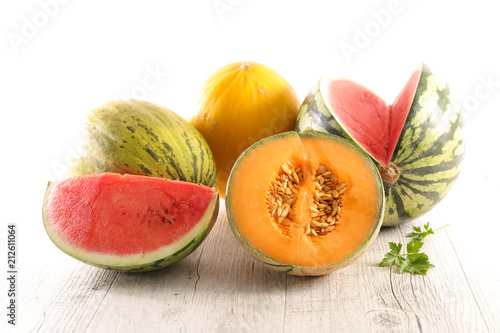 Papiers peints Singapoure assorted melon and watermelon