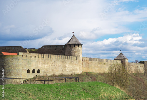 Foto op Canvas Historisch geb. Ivangorod Fortress. View from Estonian side.