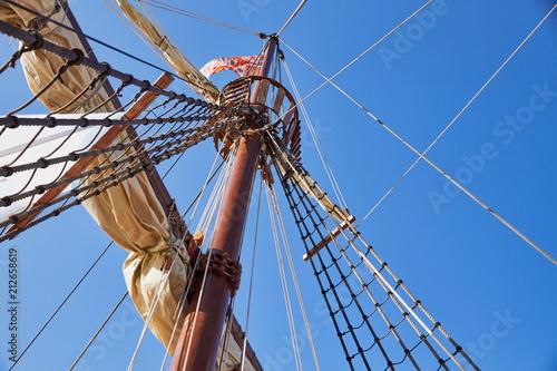 Photo Mainsail mast of the spanish replica of the Nao de Santa Maria