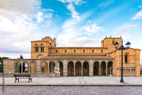Foto op Aluminium Oude gebouw The Basilica of Saint Vincent is a Romanesque church located in Avila, Spain, the largest and most important city after the Cathedral