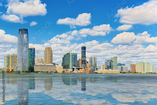 Spoed Foto op Canvas Verenigde Staten View from the water, from Hudson bay to Lower Manhattan. New York.