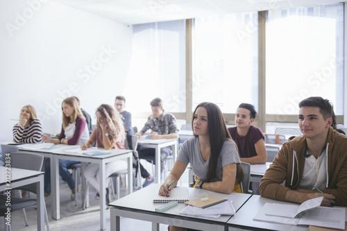 Fotografía High School Students at Classroom