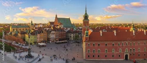 Foto op Plexiglas Historisch geb. Royal Castle and the castle square in Warsaw