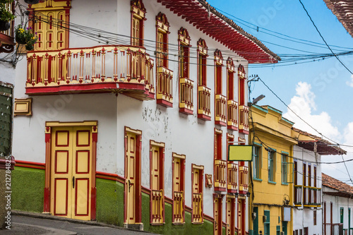 Tuinposter Zuid-Amerika land colorful streets of Salamina Caldas in Colombia South America