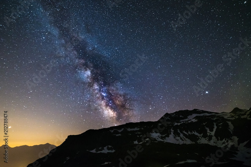 Photographie Astro night sky, Milky way galaxy stars over the Alps, Mars and Jupiter planet,