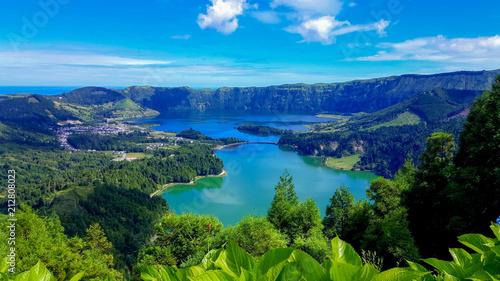 Poster Rivière de la forêt Lake Azul on Sao Miguel, Azores