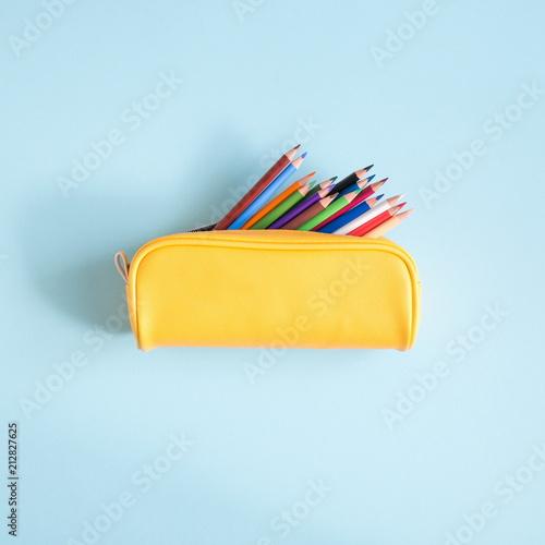 Fotografía School accessories on soft blue background