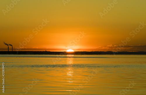 In de dag Ochtendgloren 多摩川河口の日の出
