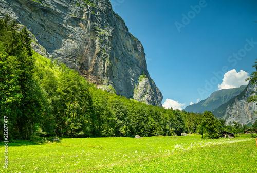 Papiers peints Vert chaux Vallée de Lauterbrunnen