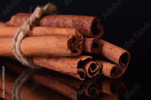 Deurstickers Kruiderij Fresh cinnamon