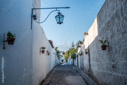 Keuken foto achterwand Zuid-Amerika land Street in Arequipa - Peru