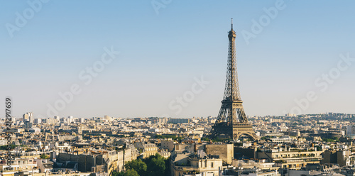 Poster Centraal Europa Paris Eiffel Tower with skyline