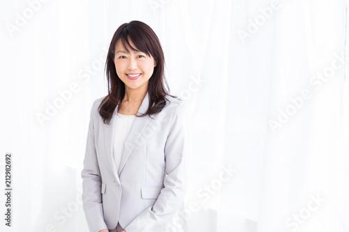 Photographie  笑顔のミドル女性