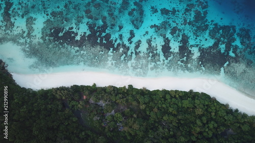 Foto op Plexiglas Luchtfoto Aerial photo of coast, beach and sea