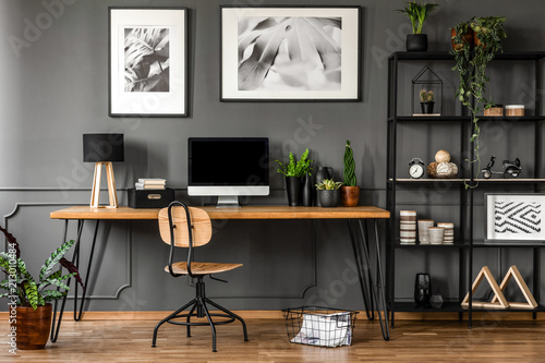 Obraz Posters in natural home office - fototapety do salonu