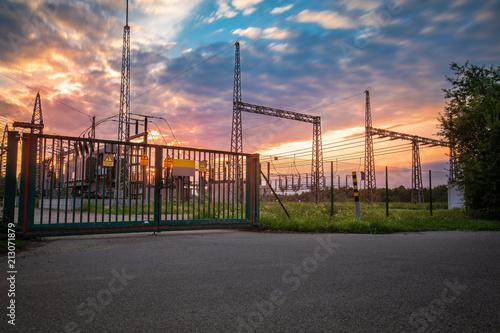 Plakát  Umspannwerk - Stromerzeugung - Sonnenuntergang