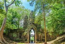North Gate Of Angkor Thom Comp...